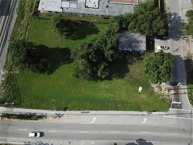 8191 NE 3rd Pl, Miami, FL 33138 (MLS #A10835768) :: The Jack Coden Group