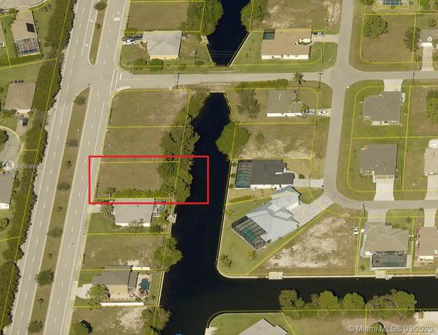 1825 Surfside, Cape Coral, FL 33991 (MLS #A10836006) :: Berkshire Hathaway HomeServices EWM Realty