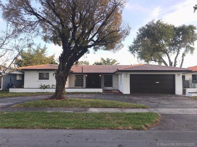 6910 Bamboo St, Miami Lakes, FL 33014 (MLS #A10836592) :: Green Realty Properties