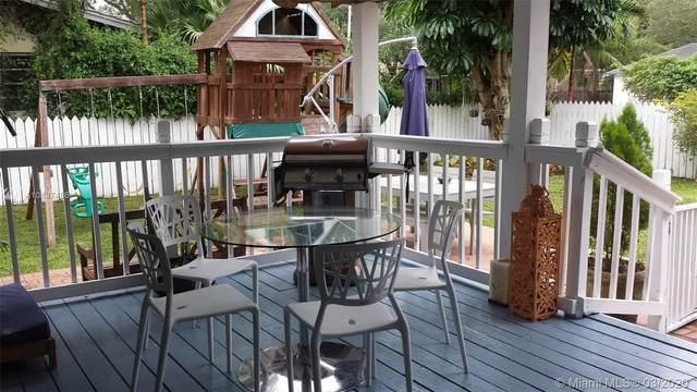 275 NE 105th St, Miami Shores, FL 33138 (MLS #A10837486) :: The Jack Coden Group