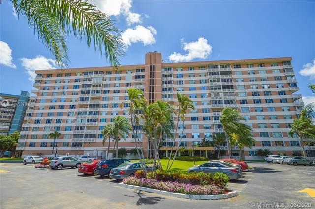 3850 Washington St #315, Hollywood, FL 33021 (MLS #A10837830) :: Lucido Global