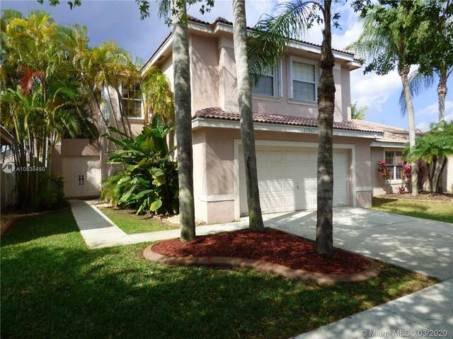 17947 SW 30th Ct, Miramar, FL 33029 (MLS #A10838450) :: THE BANNON GROUP at RE/MAX CONSULTANTS REALTY I