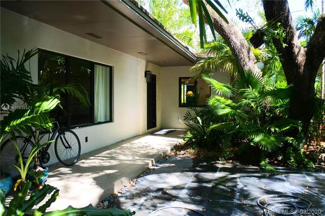 151 Edgewater Dr, Coral Gables, FL 33133 (MLS #A10838521) :: Green Realty Properties