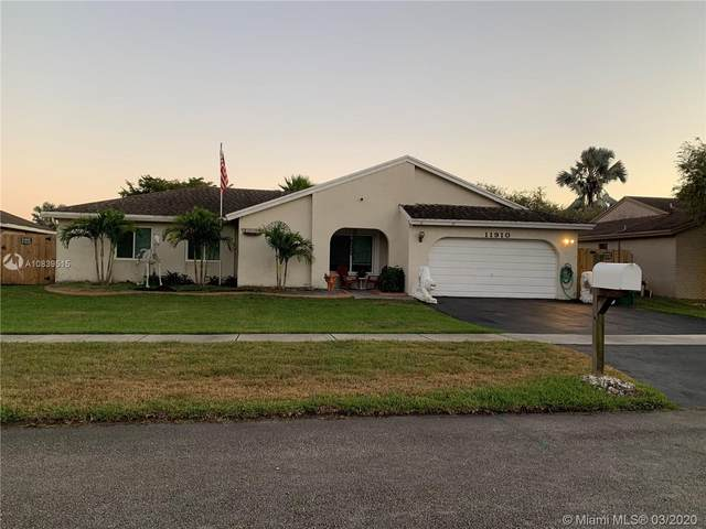 Cooper City, FL 33330 :: United Realty Group