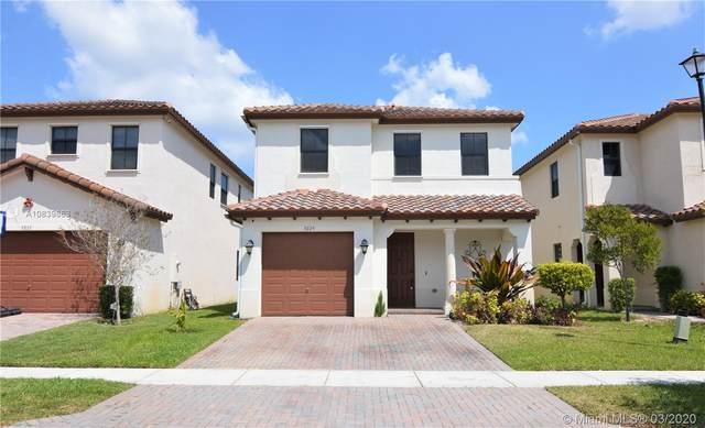 9229 SW 39th St, Miramar, FL 33025 (MLS #A10839863) :: United Realty Group