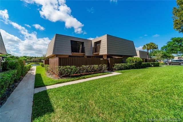 5123 NE 51st Way #5123, West Palm Beach, FL 33409 (MLS #A10839935) :: The Jack Coden Group