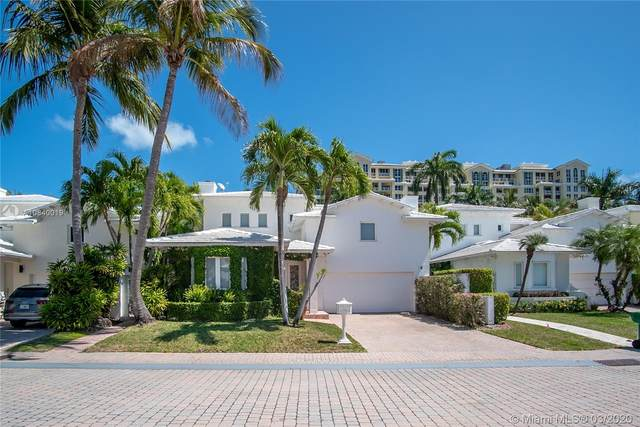 4 Coconut Ln, Key Biscayne, FL 33149 (MLS #A10840019) :: The Rose Harris Group