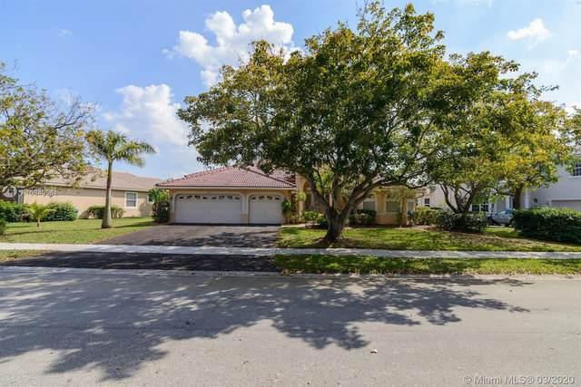 4917 Kensington Cir, Coral Springs, FL 33076 (MLS #A10840064) :: The Riley Smith Group
