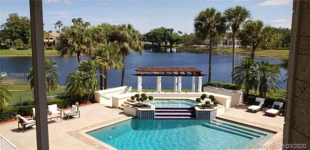 2950 Surrey Ln, Weston, FL 33331 (MLS #A10840161) :: The Howland Group