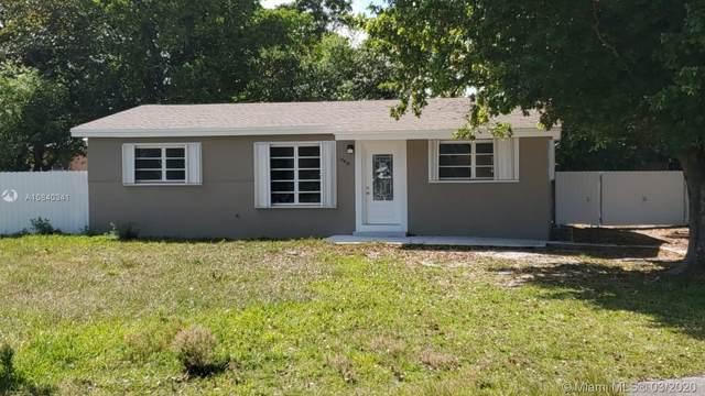 10910 NW 22nd Ave Rd, Miami, FL 33167 (MLS #A10840341) :: Miami Villa Group