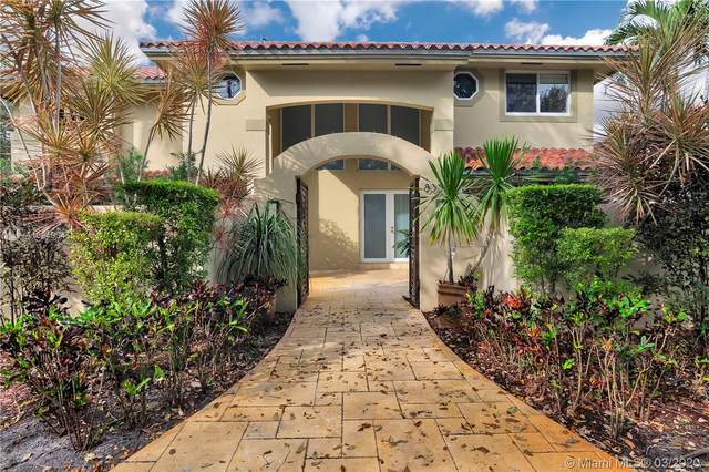 8355 NW 158th Ter, Miami Lakes, FL 33016 (MLS #A10840345) :: Laurie Finkelstein Reader Team