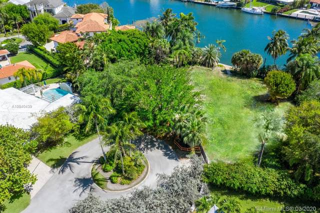 620 Reinante Ave, Coral Gables, FL 33156 (MLS #A10840439) :: The Riley Smith Group