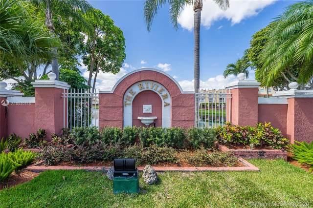 8650 NW 3rd Ln #403, Miami, FL 33126 (MLS #A10840446) :: Albert Garcia Team