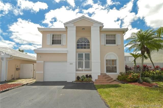 6260 SW 112th Pl, Miami, FL 33173 (#A10840561) :: Dalton Wade