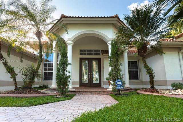 3553 Crystal Ln, Davie, FL 33330 (MLS #A10840621) :: Castelli Real Estate Services