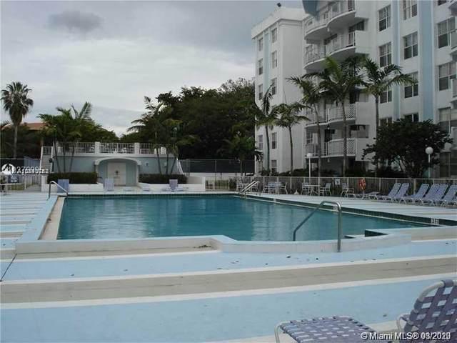 492 NW 165th St Rd C-515, Miami, FL 33169 (MLS #A10840788) :: Albert Garcia Team