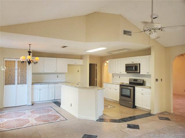 9521 Chelsea Dr, Miramar, FL 33025 (MLS #A10841246) :: THE BANNON GROUP at RE/MAX CONSULTANTS REALTY I