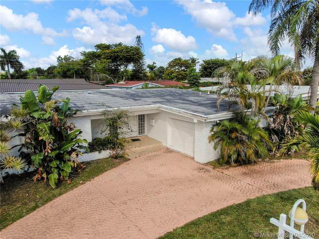 19920 NE 21st Ave, Miami, FL 33179 (MLS #A10841672) :: The Howland Group