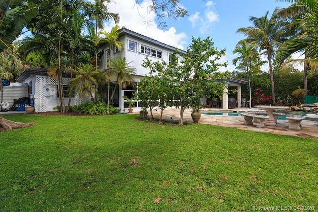 7621 SW 54th Ave, Miami, FL 33143 (MLS #A10841692) :: Castelli Real Estate Services