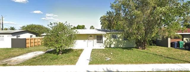 13833 Van Buren Street, Miami, FL 33176 (MLS #A10841808) :: The Howland Group