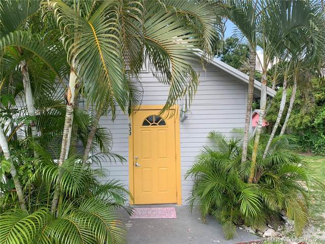 1633 NE 15th Ave, Fort Lauderdale, FL 33305 (MLS #A10842509) :: Patty Accorto Team