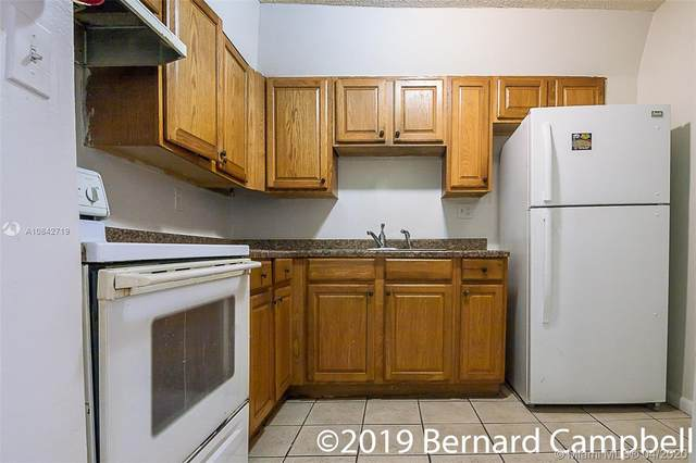 1746 NW 55th Ave #102, Lauderhill, FL 33313 (MLS #A10842719) :: The Riley Smith Group