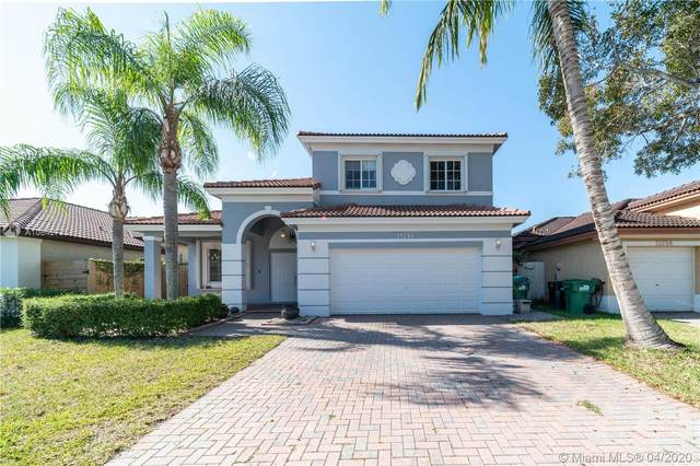 15786 SW 141st St, Miami, FL 33196 (MLS #A10842725) :: Miami Villa Group