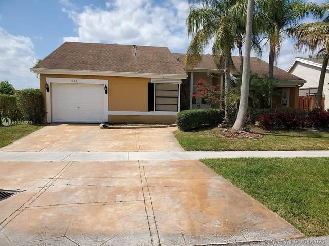 Weston, FL 33326 :: The Howland Group