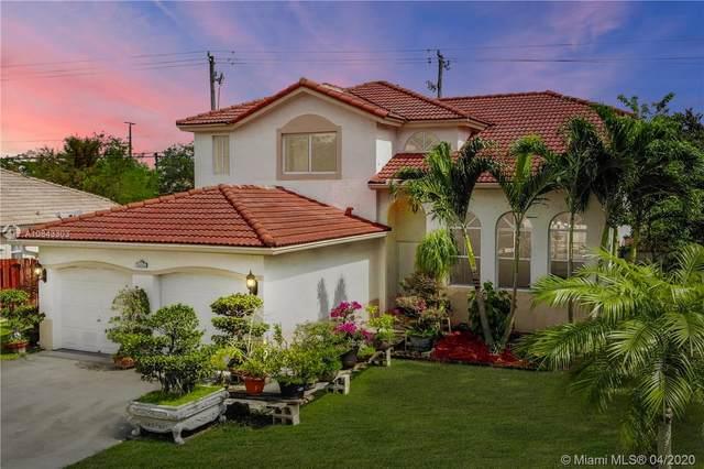 13701 Garden Cove Cir, Davie, FL 33325 (MLS #A10843303) :: Green Realty Properties