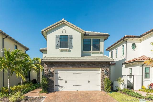 11845 SW 13th Ct, Pembroke Pines, FL 33025 (MLS #A10845428) :: Laurie Finkelstein Reader Team