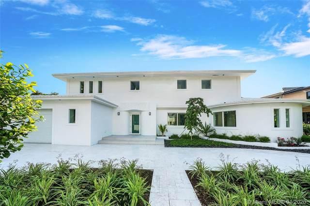 2535 Pine Tree Dr, Miami Beach, FL 33140 (MLS #A10846635) :: Laurie Finkelstein Reader Team
