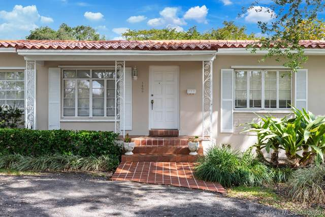 1409 Algardi Ave, Coral Gables, FL 33146 (MLS #A10846687) :: United Realty Group