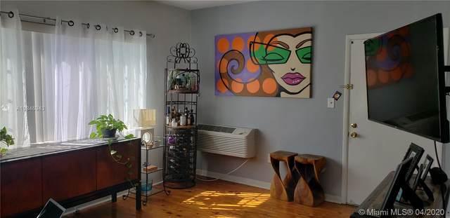 7315 Byron Ave #10, Miami Beach, FL 33141 (MLS #A10846943) :: Castelli Real Estate Services