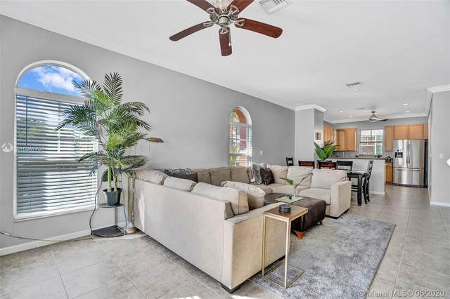 1033 NE 17th Way #901, Fort Lauderdale, FL 33304 (MLS #A10847791) :: THE BANNON GROUP at RE/MAX CONSULTANTS REALTY I