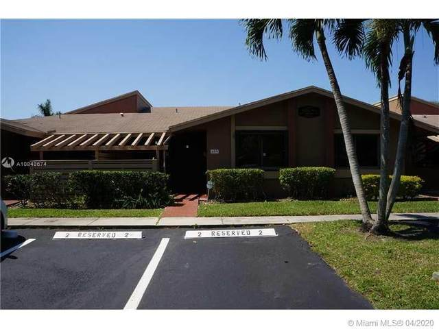 459 Lakeview Dr, Weston, FL 33326 (MLS #A10848674) :: The Teri Arbogast Team at Keller Williams Partners SW