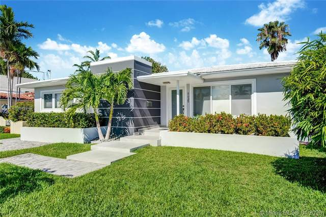 8835 Carlyle Ave, Surfside, FL 33154 (MLS #A10849946) :: Castelli Real Estate Services