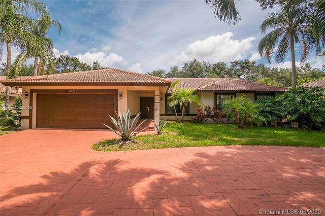 8907 NW 55th Pl, Coral Springs, FL 33067 (MLS #A10850005) :: Laurie Finkelstein Reader Team