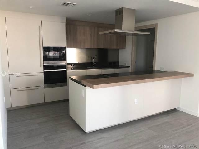 1000 Brickell Plz #4009, Miami, FL 33131 (MLS #A10850539) :: Berkshire Hathaway HomeServices EWM Realty