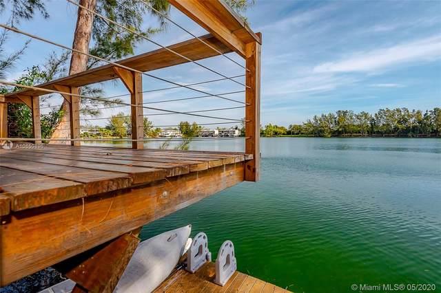 5009 SW 71st Pl #5009, Miami, FL 33155 (MLS #A10850896) :: The Paiz Group