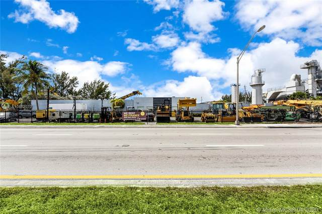 4700 NW 72nd Ave, Miami, FL 33166 (MLS #A10852073) :: Berkshire Hathaway HomeServices EWM Realty