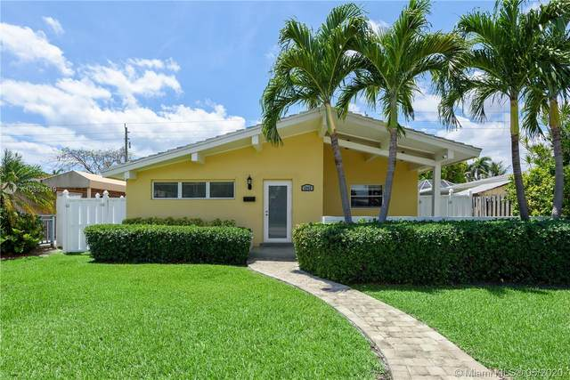 1242 Johnson St, Hollywood, FL 33019 (MLS #A10853149) :: Castelli Real Estate Services