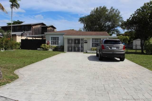 1800 NE 175 St, North Miami Beach, FL 33162 (MLS #A10853807) :: Berkshire Hathaway HomeServices EWM Realty