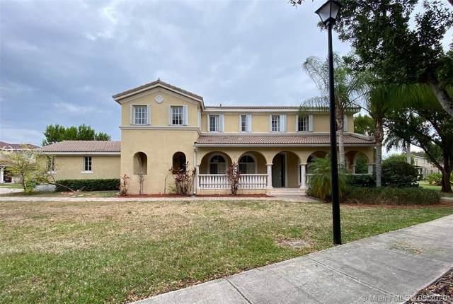 27412 SW 139th Pl, Homestead, FL 33032 (MLS #A10854590) :: Carole Smith Real Estate Team