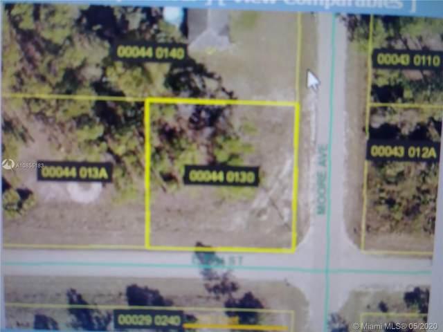 701 Moore Ave, Lehigh Acres, FL 33972 (MLS #A10855183) :: Berkshire Hathaway HomeServices EWM Realty