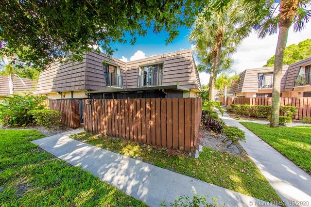7418 74th Way #7418, West Palm Beach, FL 33407 (MLS #A10855991) :: Berkshire Hathaway HomeServices EWM Realty