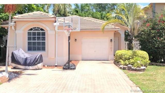 2981 NW 99th Ave, Doral, FL 33172 (MLS #A10856216) :: Miami Villa Group