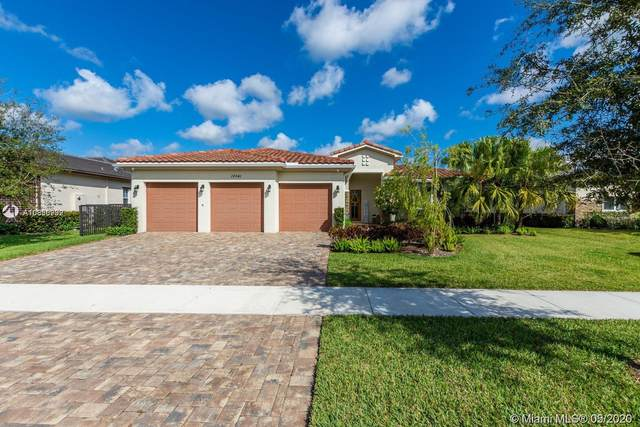 10541 Marin Ranches Dr, Cooper City, FL 33328 (MLS #A10856992) :: The Teri Arbogast Team at Keller Williams Partners SW