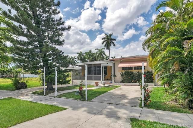 1335 Jackson St, Hollywood, FL 33019 (MLS #A10857365) :: Castelli Real Estate Services