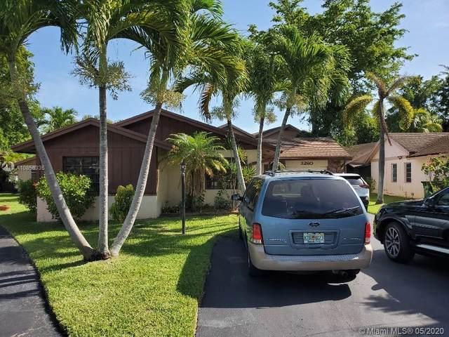 2260 Nova Village Dr, Davie, FL 33317 (MLS #A10858336) :: The Teri Arbogast Team at Keller Williams Partners SW