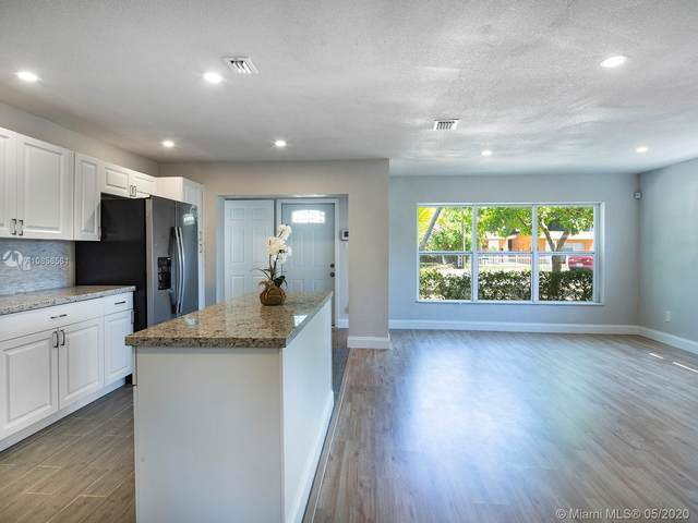2126 Coolidge St, Hollywood, FL 33020 (MLS #A10858581) :: Lucido Global